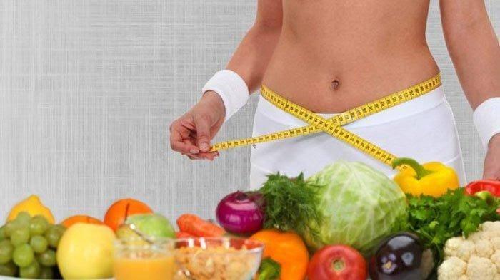 Mengkonsumsi makanan sehat yang teratur